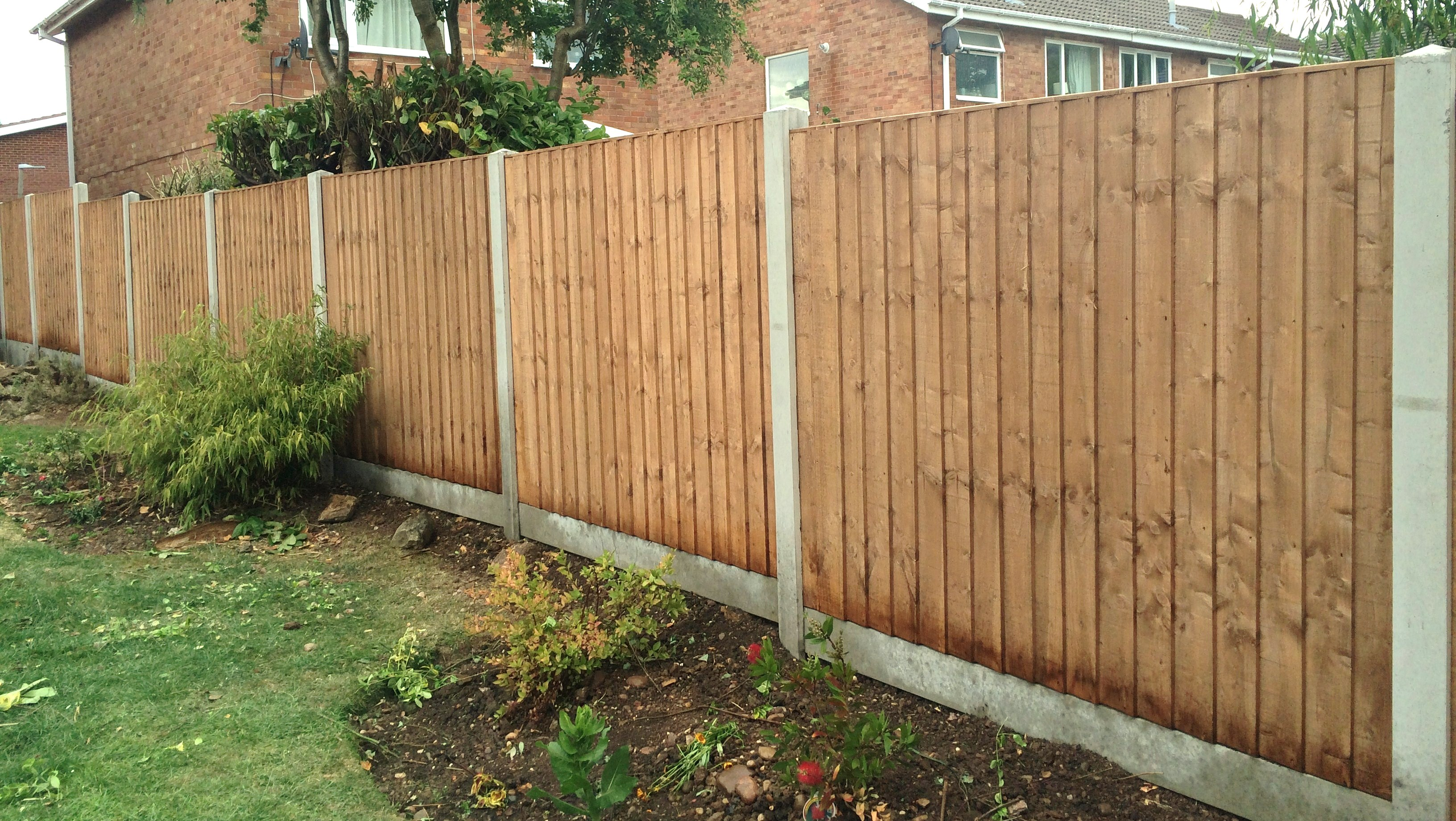 Special Offer 10 Bays Supplied Ed 795 00 Includes Heavy Duty Fence Panels Gravel Boards Concrete Posts